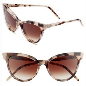 Wildfox Le Femme Cat Eye Tortious Sunglasses 😎